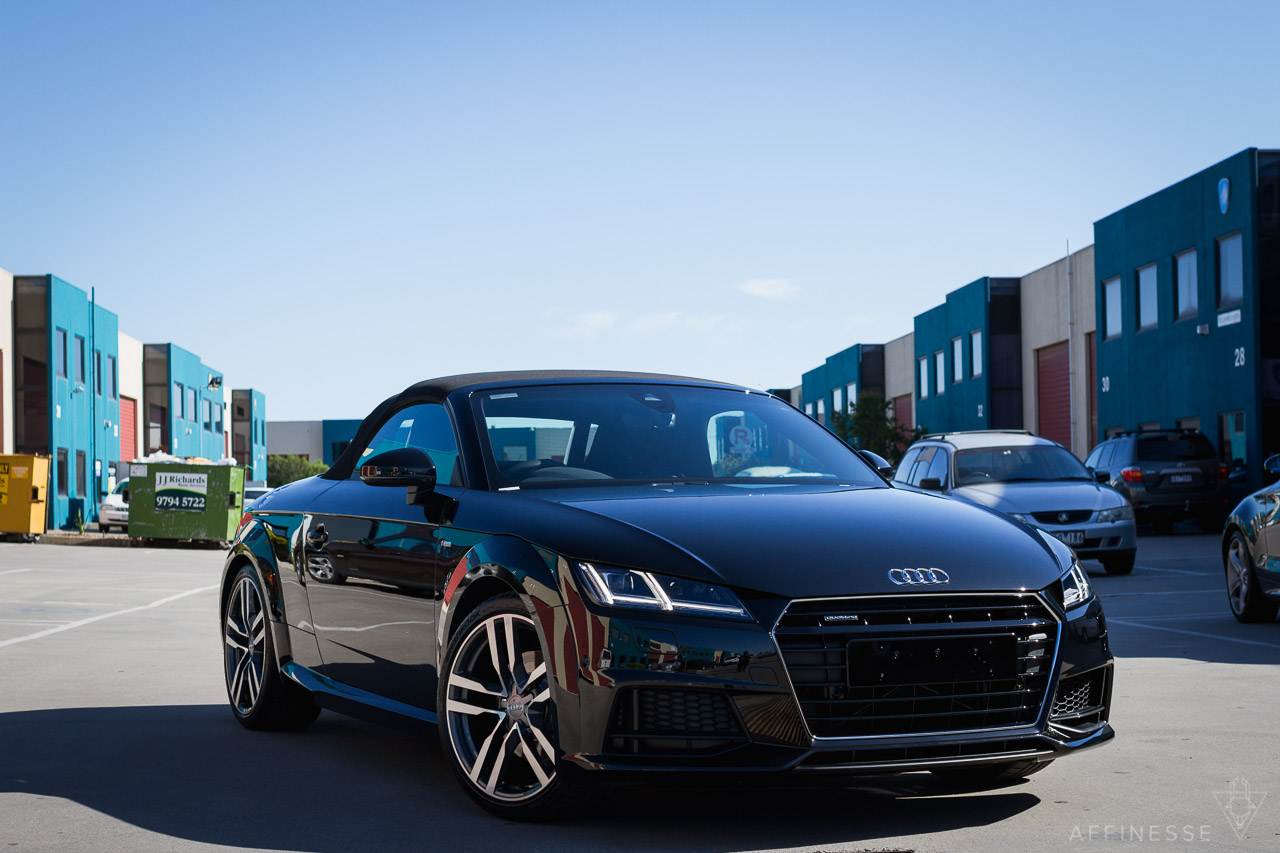quick shot 2015 audi tt mk3 8s mythos black affinesse. Black Bedroom Furniture Sets. Home Design Ideas